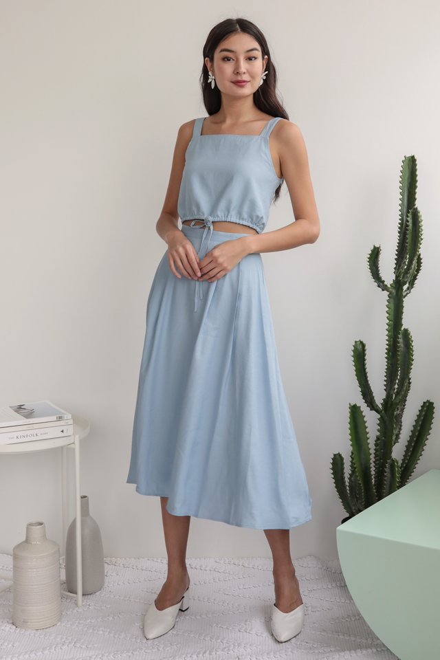 Anita Midi Skirt (Light Blue)
